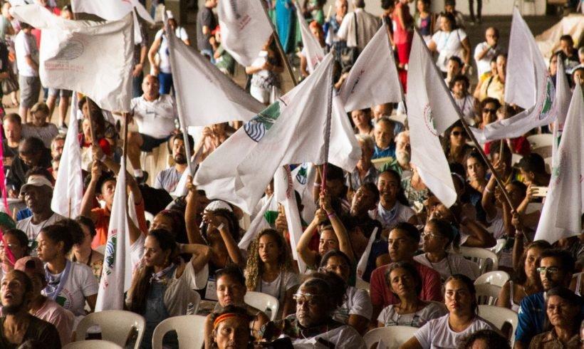 """""""O projeto do capital é privatizar os bens naturais em todo o mundo"""", denunciam organizações"""